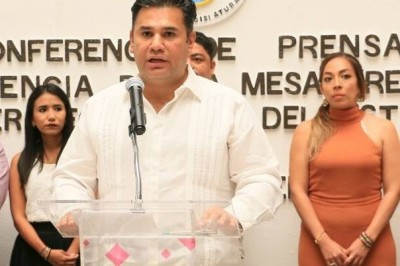 En Caliente / * Willy Ochoa  todo un vival que busca recursos no auditables