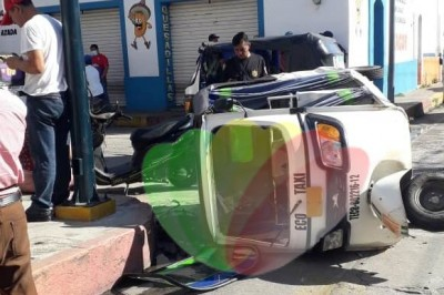 Dos heridos en accidente vial